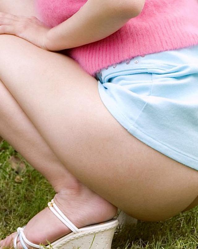 Японка с большими дойками показывает свое роскошное тело