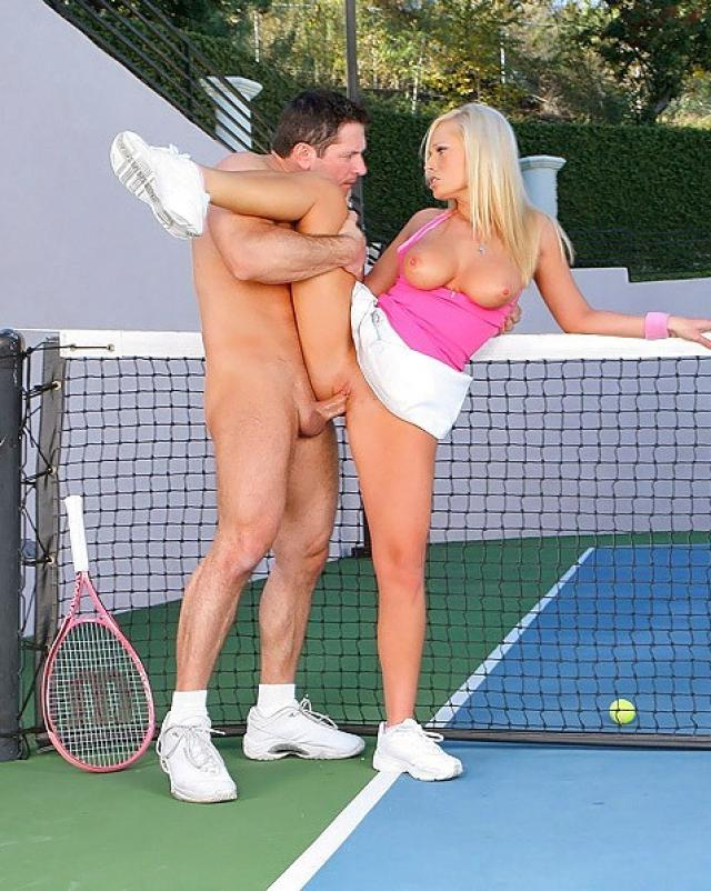 Gianna michaels in this sexy tennis themes outdoor nude set lynxxx xxx porn tgp