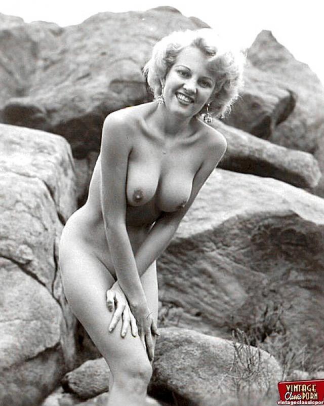 Nude women of the fifties — img 3