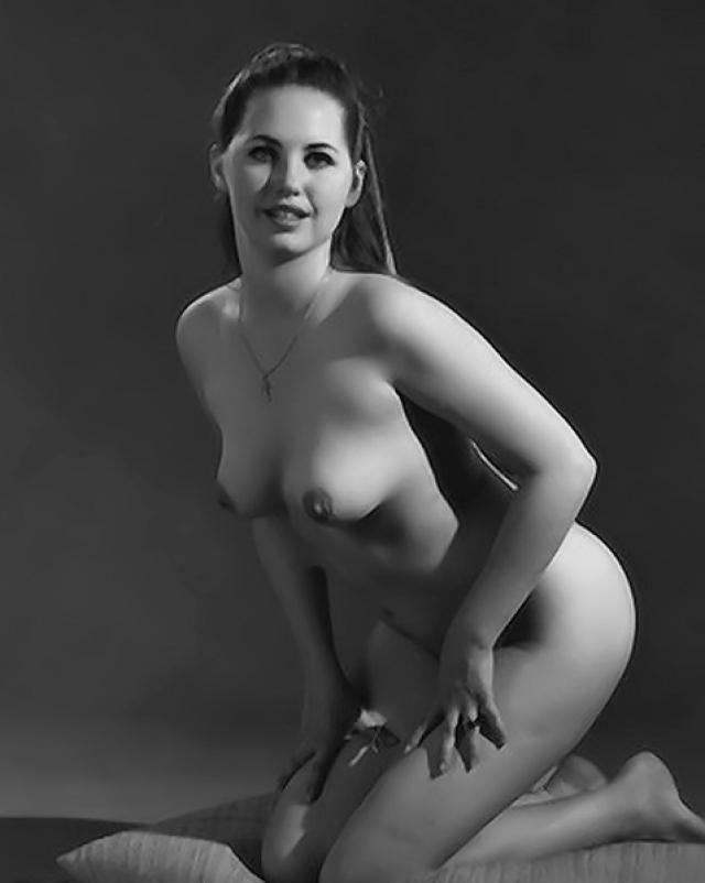 Горячие винтажные снимки со зрелой женщиной