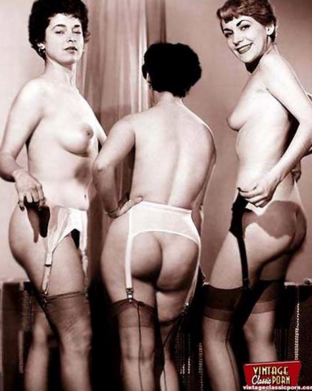 Горячие задницы винтажных девушек в подборке