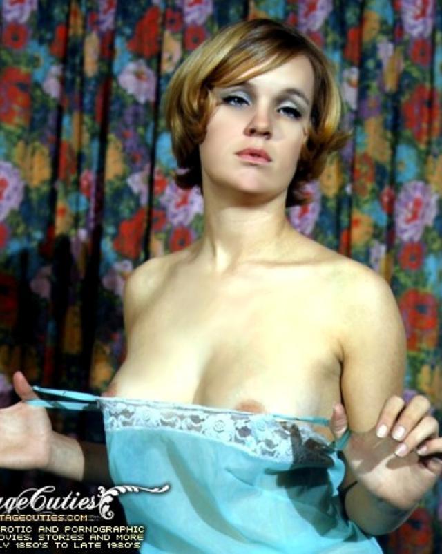Красивая винтажная эротика с голыми девушками