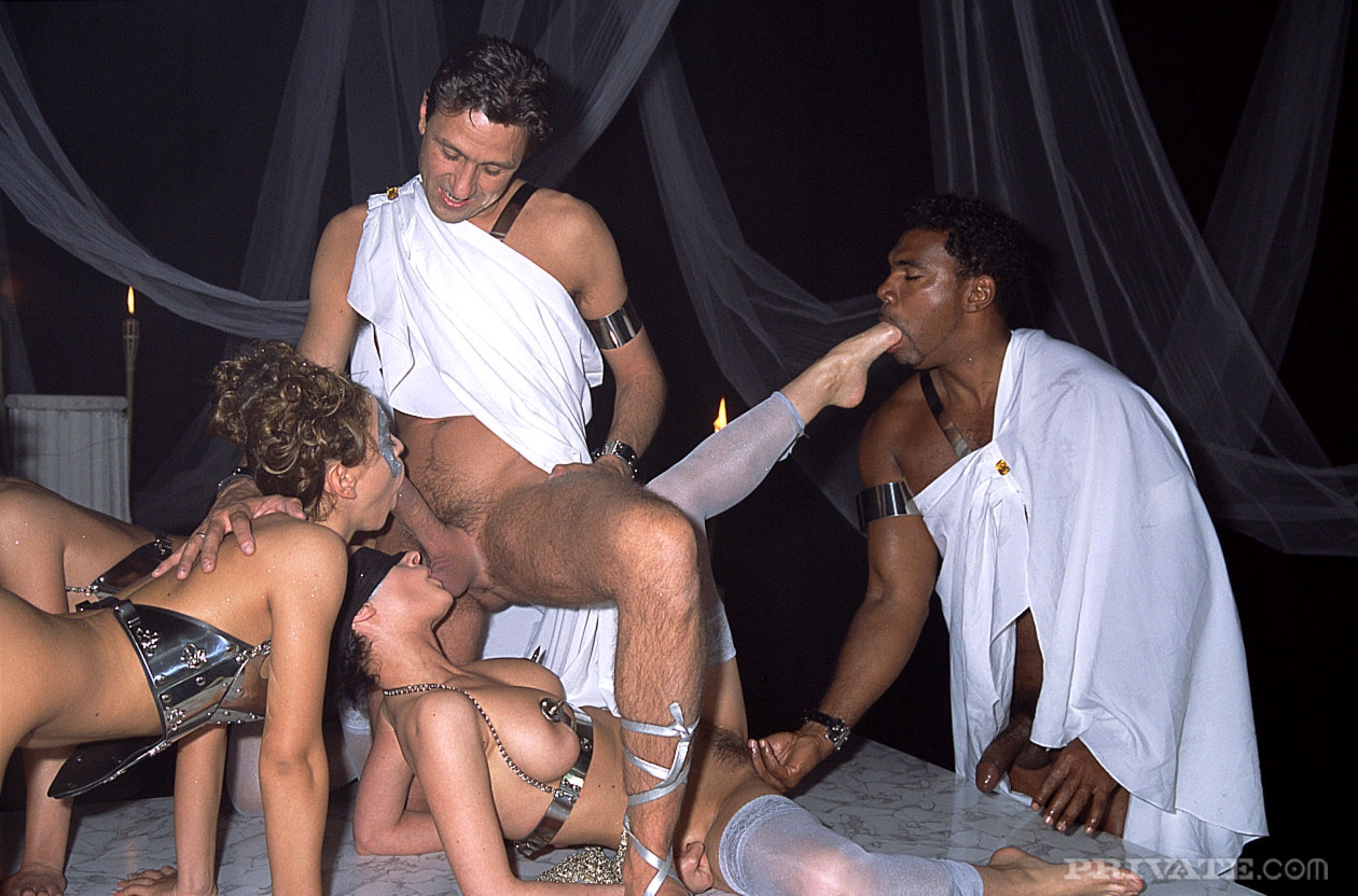 Porno theater sex — img 7