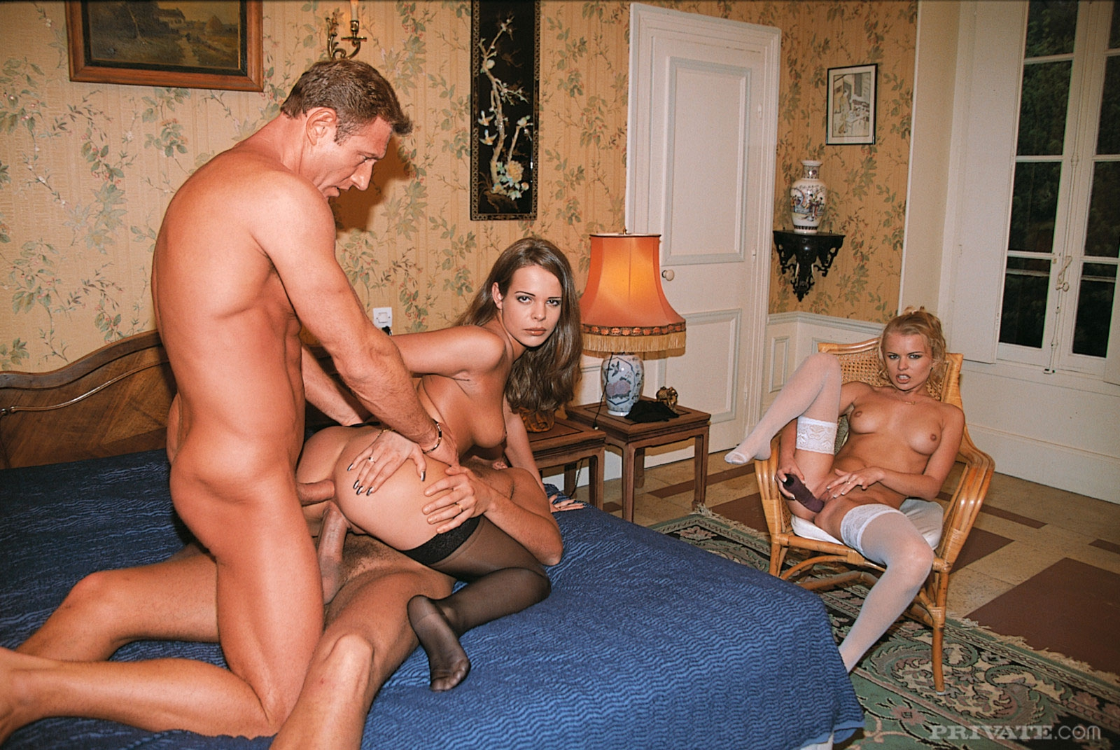 Порно муж жена пришли секс клуб