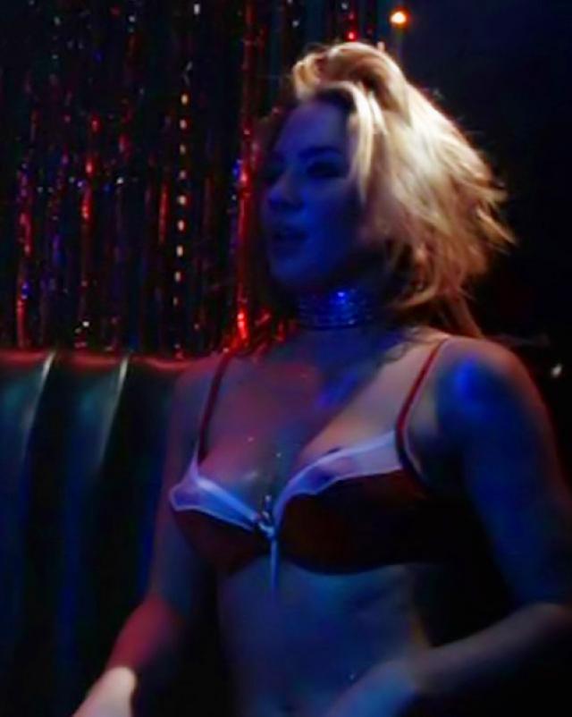 Красотка Lynn Collins в эротических кадрах фильмов