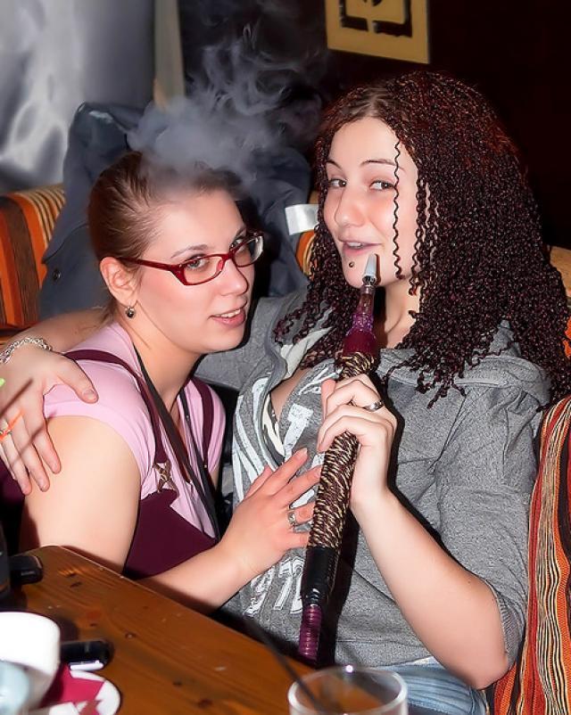 Пьяные лесбиянки отрываются