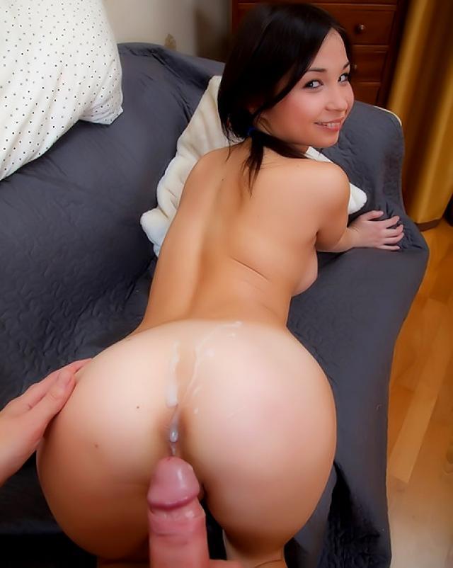 Китаянка выла от наслаждения и царапала спину