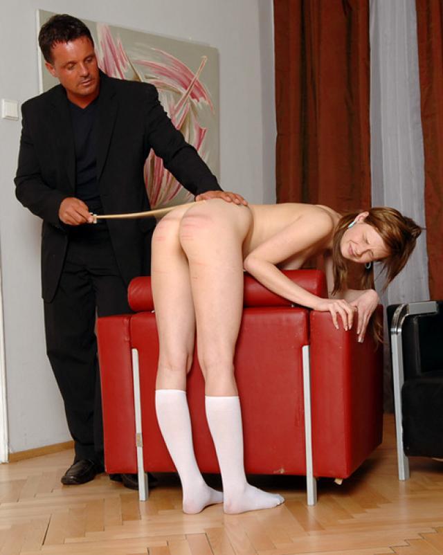 Директор жестко наказал студентку