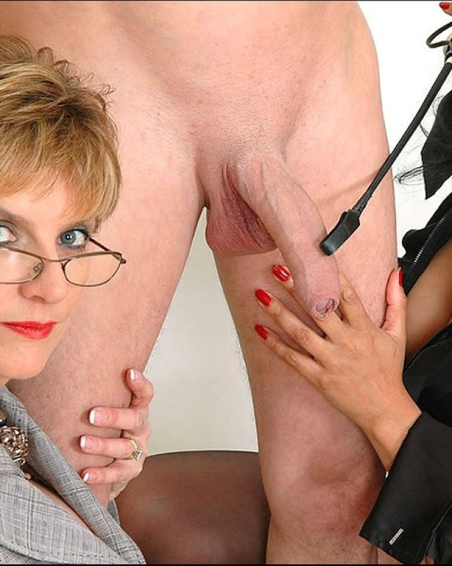 Fetish Lady Sonia Doing Glove Handjob