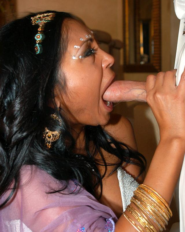 Бурный секс с индианкой невестой