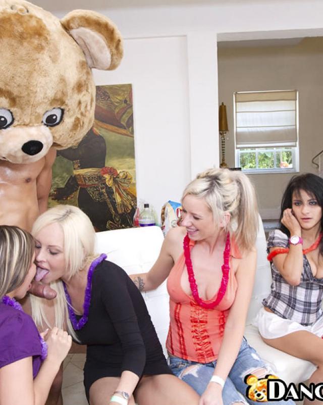 Порно фото с секс вечеринки