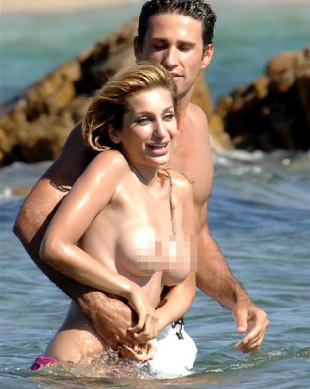 Бесстыжие и голые знаменитости онлайн фото