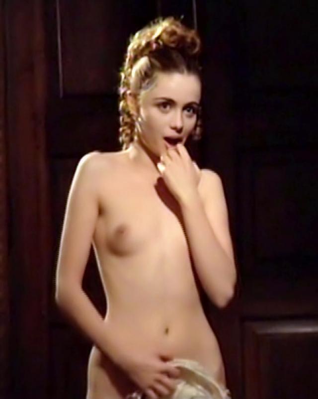 Фото голой знаменитости из винтажного кинофильма