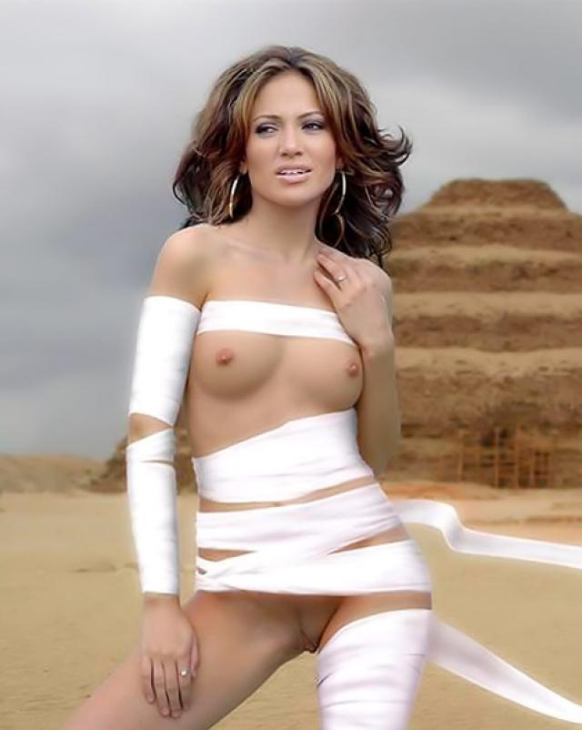 Дженифер Лопес с голой жопой