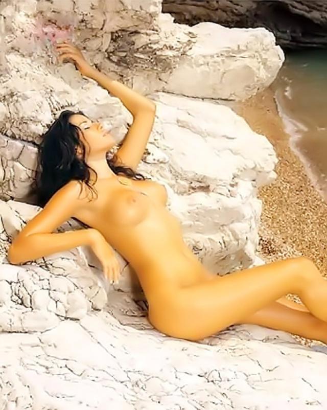 Голые знаменитости на пляже