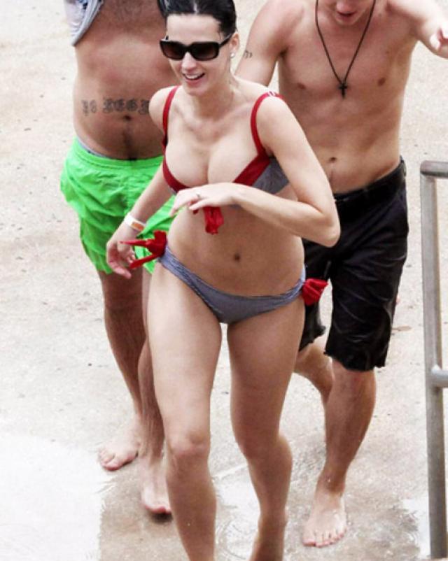Сучка Кэти Перри и микс ее сексуальных фотографий