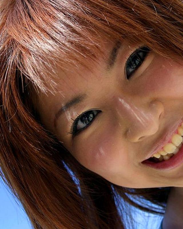 Фото волосатой писки азиатки на морском побережье
