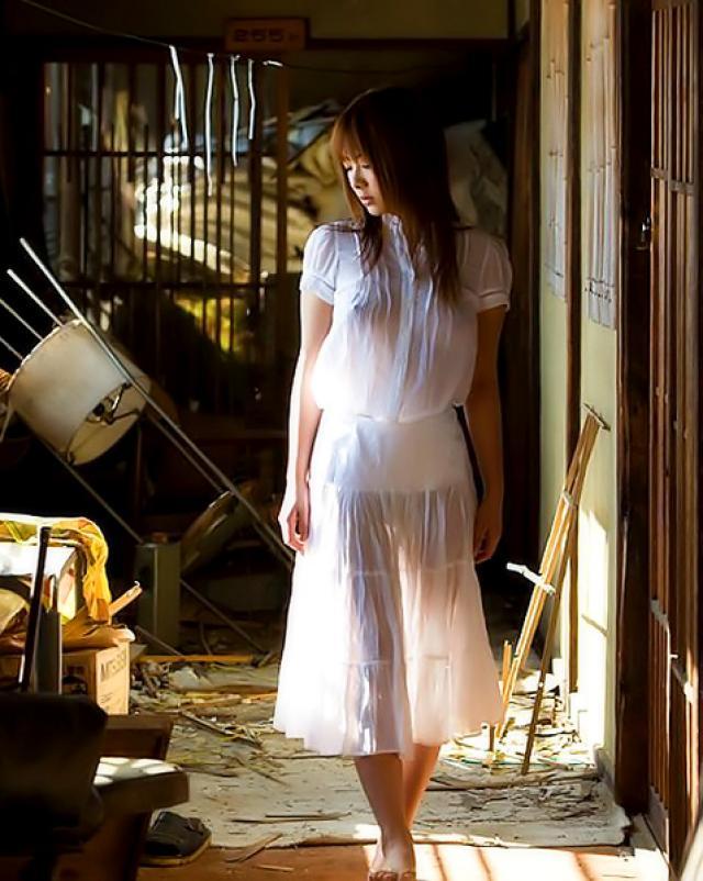 Японская красотка поражает всех своей прекрасной грудью