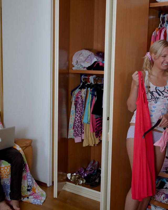 Русские блондинки жарятся в анал с общим знакомым
